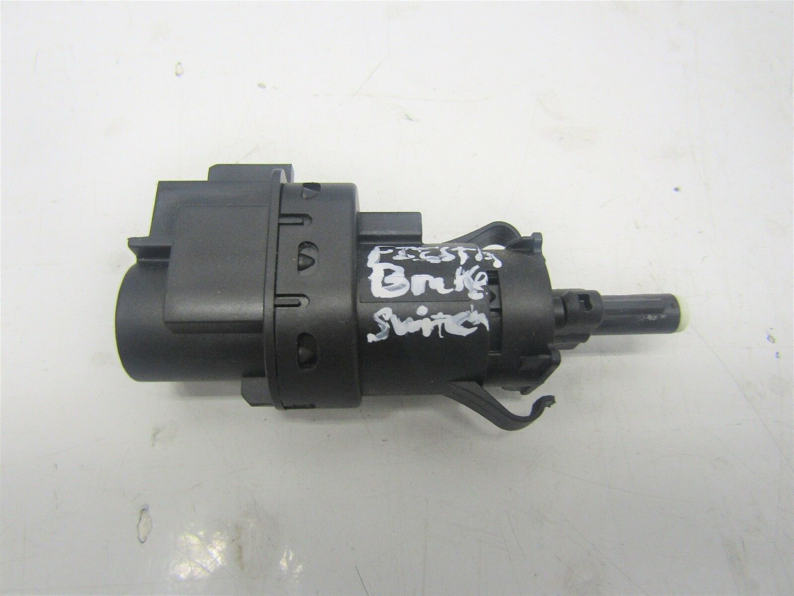 FORD FIESTA MK7 2008-12 BRAKE SWITCH 3M5T-13480-AC                        #6019V