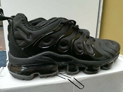 Nike Air Vapourmax Plus Genuine Trainers All Black Size UK 8.5 New without Box