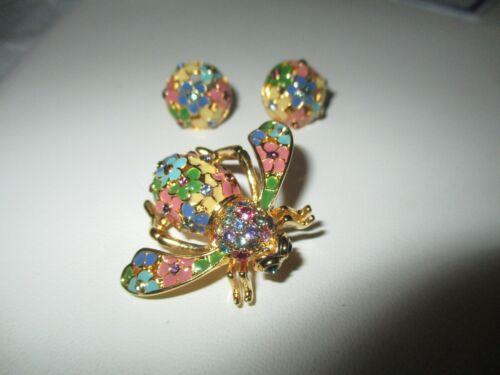 JOAN RIVERS Spring Season Bee Pin and Pierced Earrings   (J)