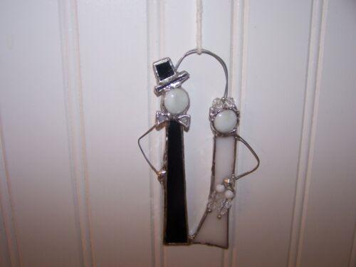 HANDMADE NEW  STAINED GLASS BRIDE & GROOM SUNCATCHER/ ORNAMENT