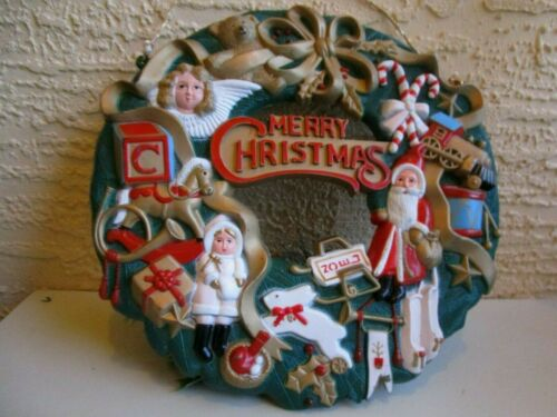 VINTAGE LARGE PLASTIC CHRISTMAS WREATH ANGEL, SANTA, DOLL,TRAIN&PLANE & MORE