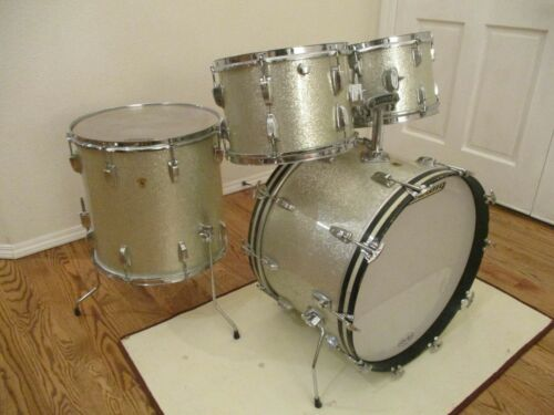 Vintage Ludwig Hollywood Super Classic Drums, 1960s, Silver Sparkle - Excellent!