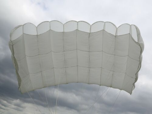 Swift 178 Reserve - vintage 5 cell skydiving parachute canopy - white
