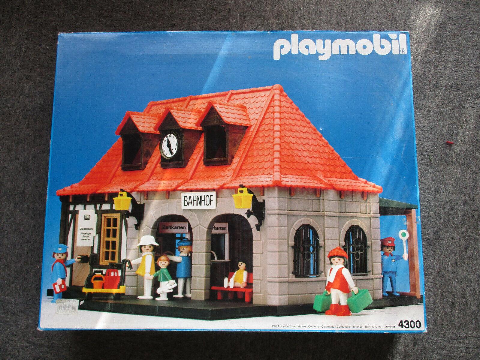 Playmobil Bahnhof 4200 gebraucht aber gut erhalten Originalkarton