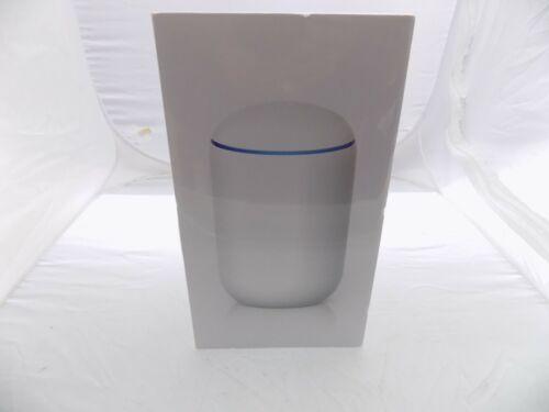 BRAND NEW Ubiquiti Networks UniFi Dream Machine 850 5 Ports Wireless Router