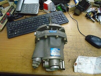 Vickers Hydraulic Pump 518212 Psi 1925 5000rpm Model Pv3-115-30