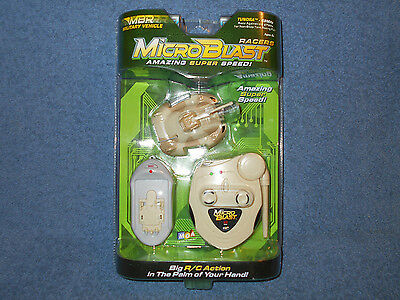 2003 MGA MICROBLAST RACERS R/C 49MHZ MILITARY VEHICLE - TUNDRA - NEW IN PACKAGE