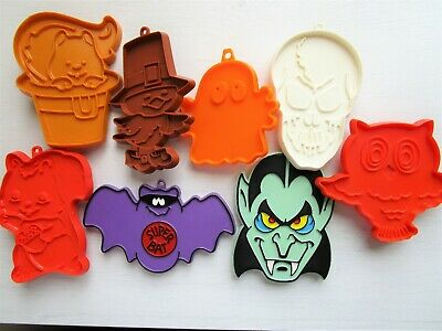 Hallmark Cookie Cutter Lot Halloween Thanksgiving Dracula Bat Owl Ghost Vintage