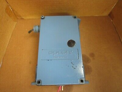 Opcon Photoelectric Control Unit 9001 115 Vac Used