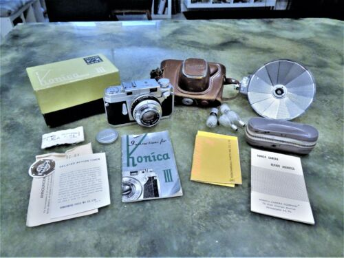 Vintage Konica III 35mm Camera Hexanon F/2 Lens w/ Case Box Flash Manual Repair
