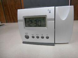 Radio Shack LCD Radio Controlled Travel Alarm Clock - Works