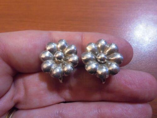 Vtg Sterling silver flower screw back nonpierced earrings 4.0 grams