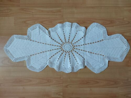 ANTIQUE Beautiful Vintage Handmade Crochet Lace Tablecloth Runner White Oval