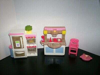 2014 Fisher-Price Loving Family Dollhouse Kitchen Lights & Sounds Lot