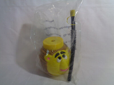 Plastic Cup With Lid And Straw (Yellow & Brown Lion Figure Plastic Cup with Lid and Straw)