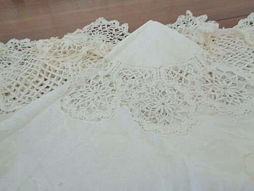 Antique 100% linen with very fine and detailed pillow lace round tablecloth