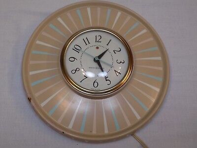 Vintage General Electric Model 2122 Mid-Century Modern Wall Clock Kitchy Working