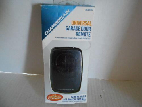 Chamberlain Universal Garage Door Remote Black KLIK3U-BK