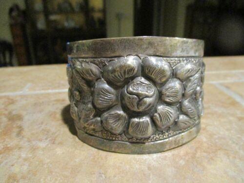 Vintage SANBORNS Southwestern Sterling Silver FLOWER Repousse Bracelet