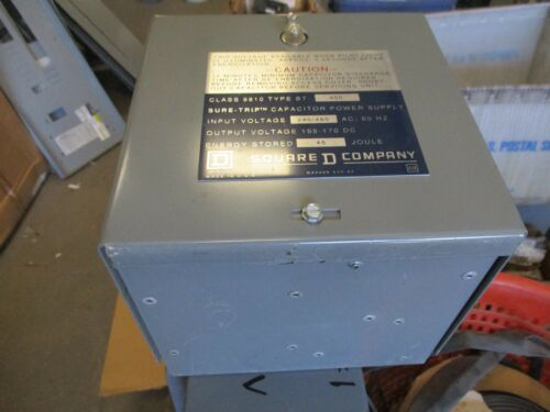 SQUARE D 8910 TYPE ST 400 CAPACITOR POWER SUPPLY
