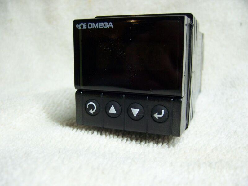 Omega Model CNi1654 i-Series 1/16 DIN Temperature Controller