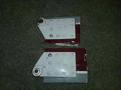 BEECHCRAFT C23 MUSKETEER FUSELAGE HINGE 169-440017-1 &-2