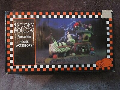 Halloween Spooky Hollow, House Accessory, Horse Drawn Wagon - Spooky Horse Halloween
