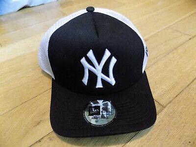 NY Yankees New Era Black Clean Trucker Cap