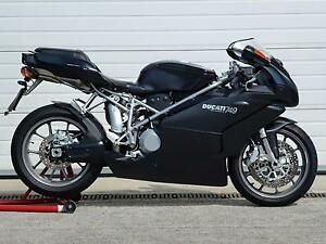 Ducati-749-DARK-2007-model-year