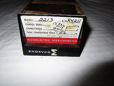 Endevco Piezoelectric Accelerometer 2213