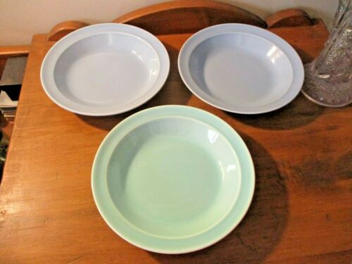3 TAYLOR SMITH & TAYLOR LURAY WINDSOR BLUE-SURF GREEN RIM SOUP BOWLS