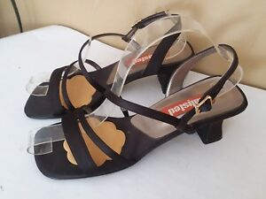Lovely Unlisted Black Strappy  Sandal Hihh Heel Shoes Size 7 #S285