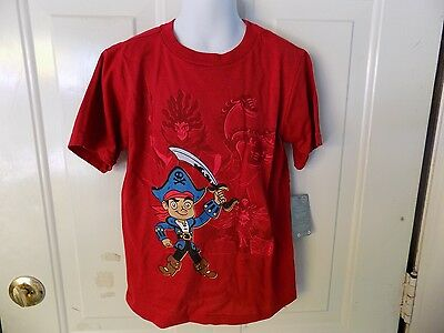 Jake And The Neverland Pirates Shirts (DISNEY STORE JAKE AND THE NEVERLAND PIRATES RED SHORT SLEEVE SHIRT)