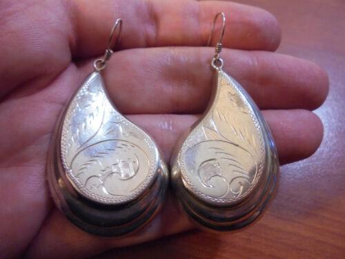 Vtg Sterling silver etched teardrop paisley hook earrings 9.7 grams