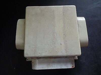 """6 1/4"""" X 2 1/4"""" RECTANGLE AIR CONDITIONER DUCT DISTIBUTION BOX TO 2- 5 X 2 OUTLE"""