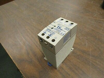 Idec Power Supply Ps5r-b24 15w Input 100-240vac 0.3a Output 24vdc 0.6a Used