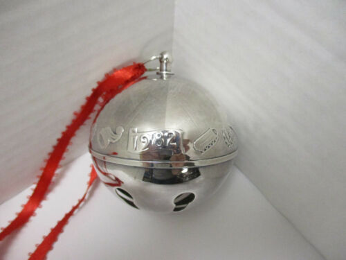 Wallace Annual 1982 Sleigh Bell Ornament Silverplate