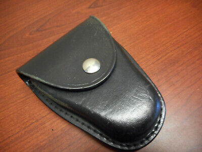Gould Goodrich B70 Chain-link Handcuff Case Plain Black Nickle Snap