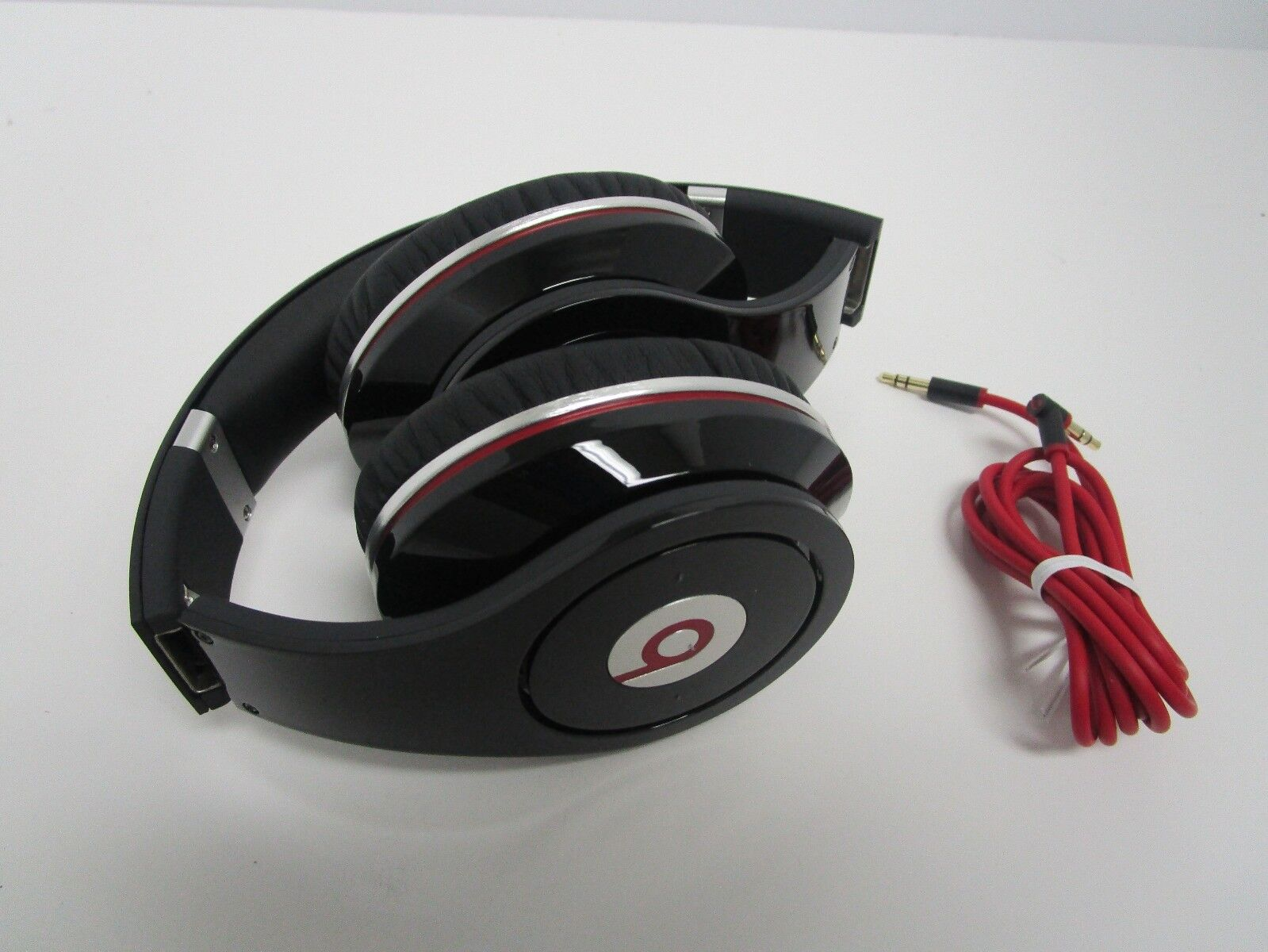 Beats By Dre - Genuine Beats by Dr. Dre Studio Wired Headphones *XMAS SPECIAL*