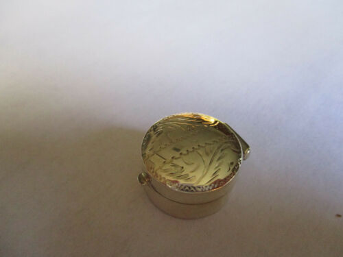 Sterling Silver 925 pill box round engraved on top 3/4 wide 3/8 high