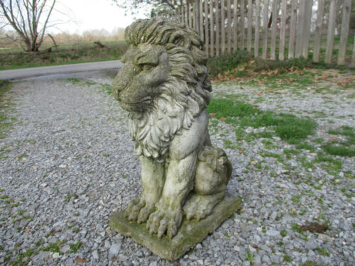 MAGNIFICENT KING OF BEASTS WEATHERED LION VINTAGE CEMENT/CONCRETE GARDEN STATUE