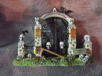 Halloween Lemax Spooky Town, Cemetery Gate  - Cemetery Gates Halloween