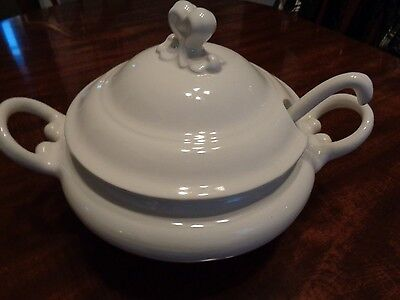 Vintage Olaria Alcobaca Soup Tureen with Lid and Ladle (Cat.#3A003)