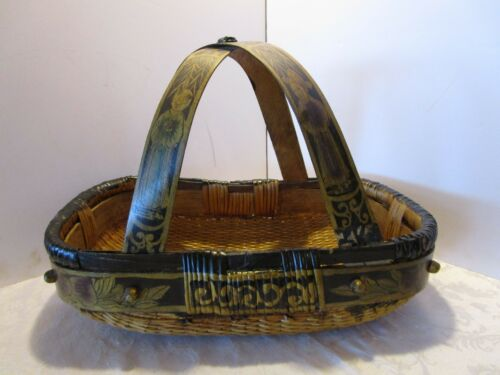 "Antique Oriental ASIAN WOVEN RATTAN BASKET BENT WOOD HANDLE HAND PAINTED 19½"" W"