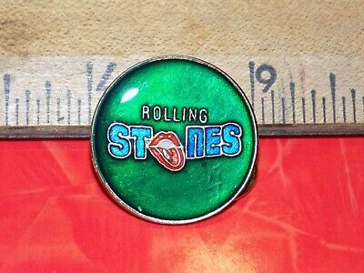 VINTAGE ROLLING STONES ROUND METAL HAT/LAPEL/JACKET  PIN, NEW OLD (Round Metal Stock)