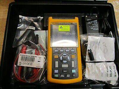 Fluke 123 Industrial Scope Meter Full Custom Case Kit Brand New