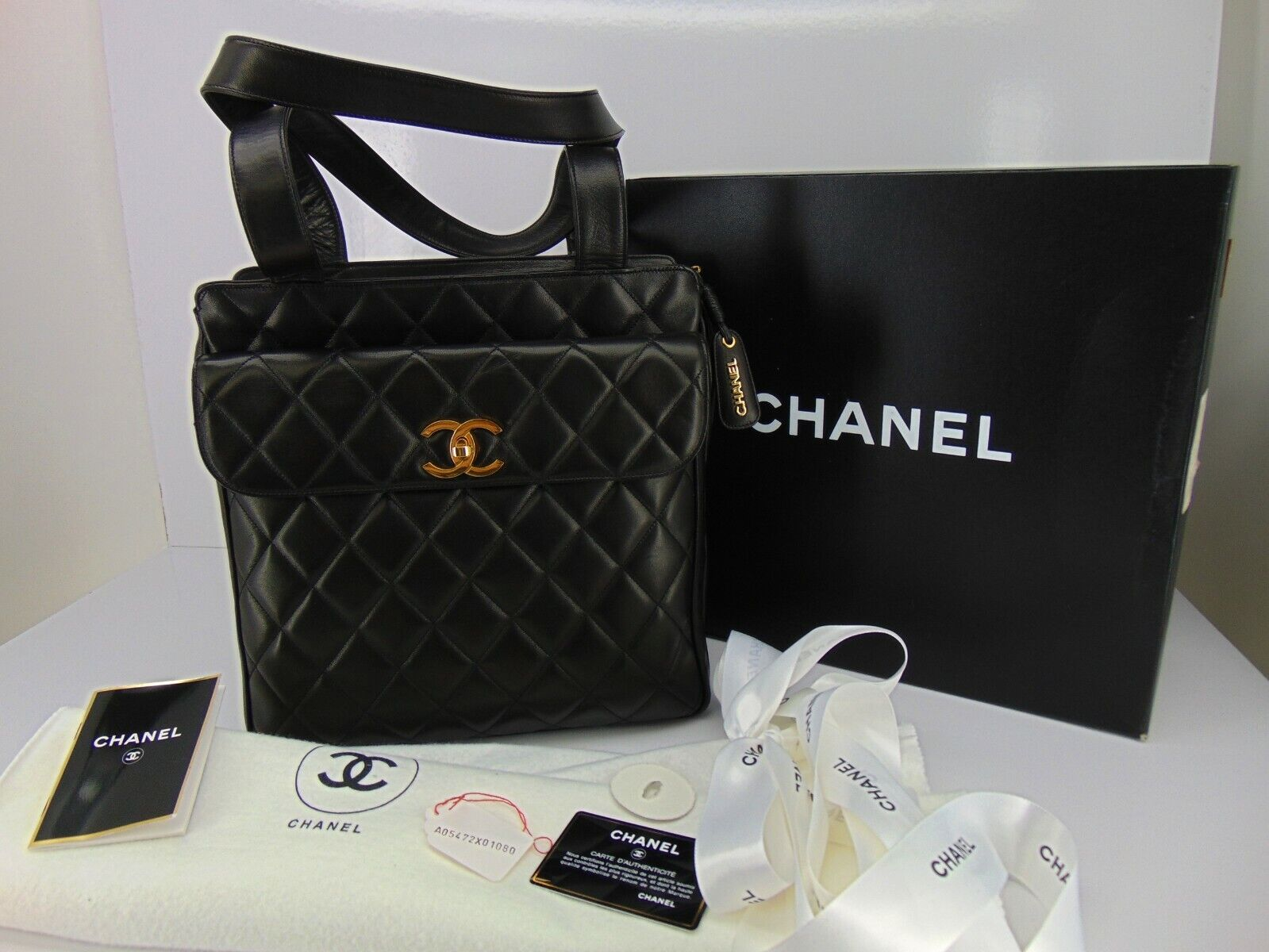 1995 CHANEL Quilted LAMBSKIN Flap BAG PURSE New Unused Vintage Dust Bag Box