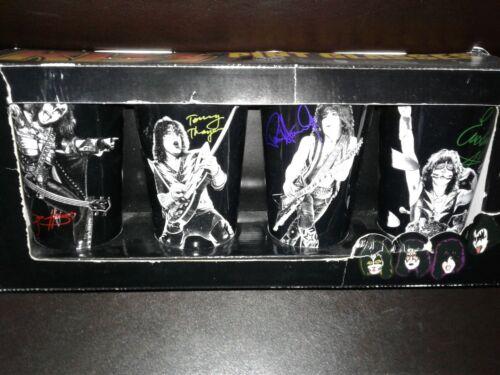 KISS SET OF 4 PINT GLASSES NEW IN BOX