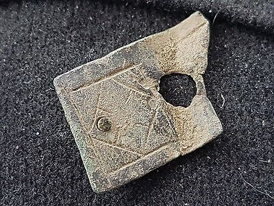 Lovely little Viking bronze strapend found in England L35t