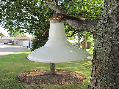 ANTIQUE VINTAGE COUNTRY BARN LIGHT INTERIOR DECORATE LAMP DESIGN DECOR WHITE